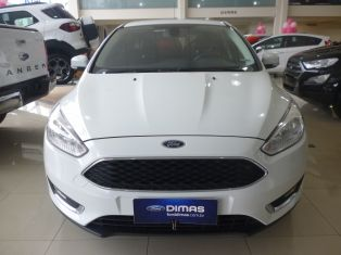 Ford Novo Focus Hatch SE 2015/2016